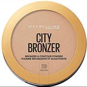 Maybelline City Bronzer & Contour Powder #200